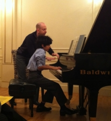 mohit-sani-performing-in-masterclass-for-concert-pianist-adam-neiman